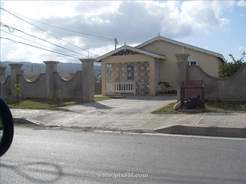 Enjoyable Bogue Village Housing Scheme 4 Only Inna Jamaica Download Free Architecture Designs Intelgarnamadebymaigaardcom